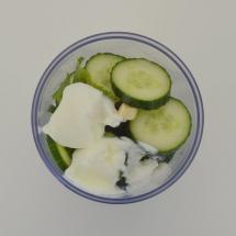 koude soep met komkommer en munt
