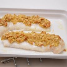 kabeljauwhaasje met spruitjes en wortelpuree