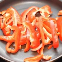 couscous halloumi paprika