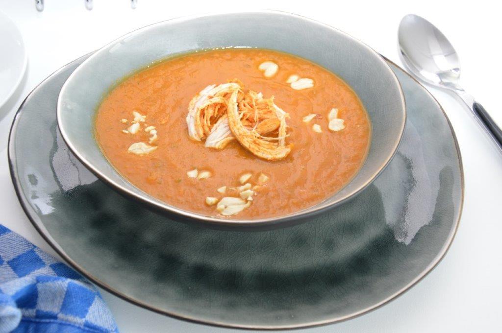 Photo of Zoete aardappelsoep met kip