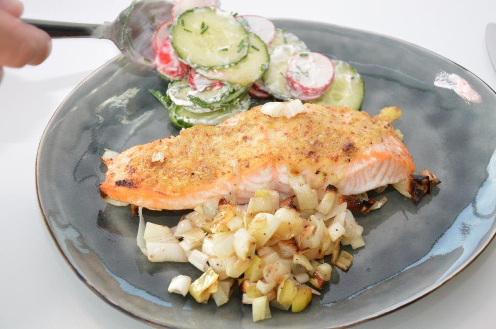 Photo of Zalm met prei en salade
