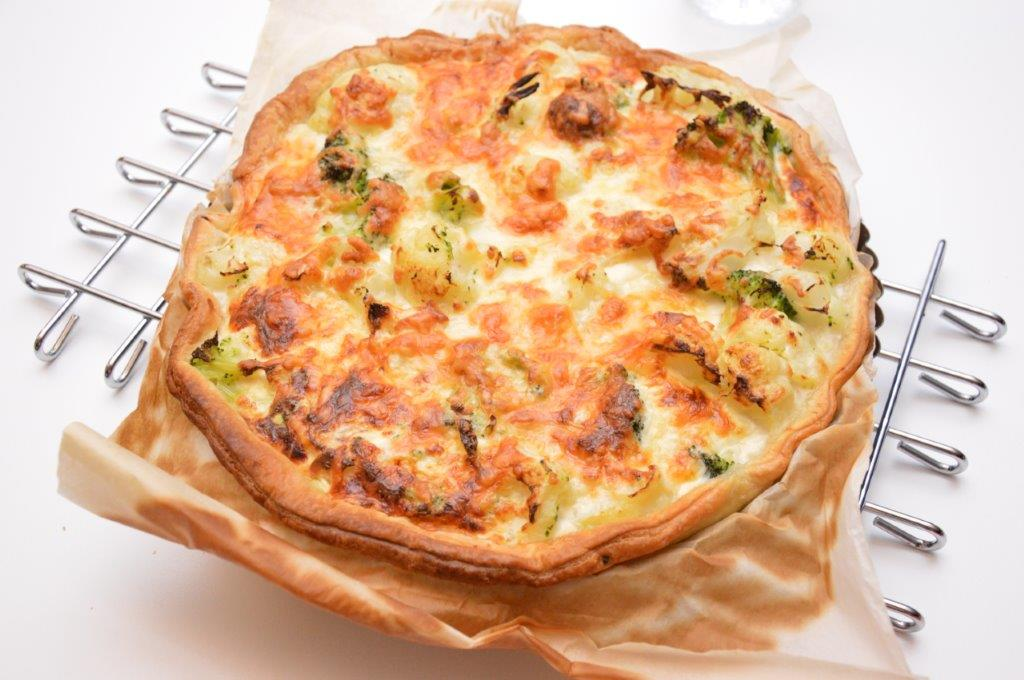 Photo of Quiche met bloemkool, broccoli en pancetta